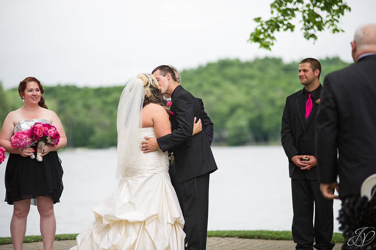 perfect first kiss moment at a ceremony