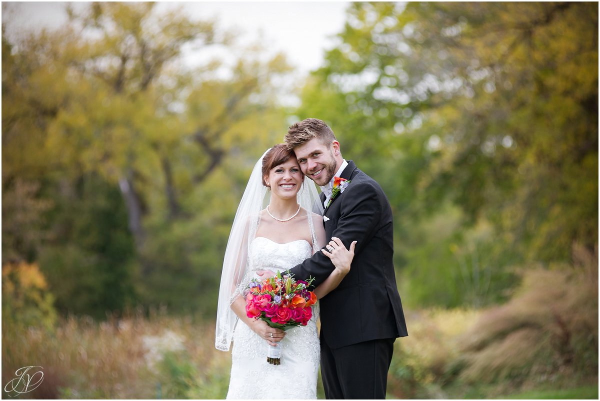 classic bridal portrait glen sanders mansion wedding fall