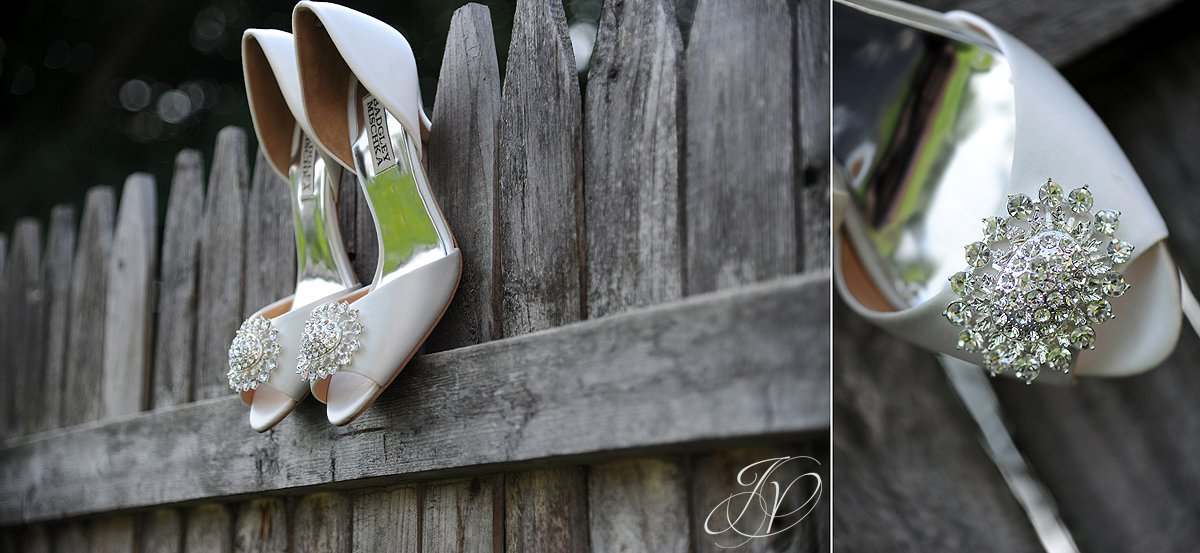 wedding shoes photo, Waters Edge Lighthouse, Schenectady Wedding Photographer,wedding detail photo