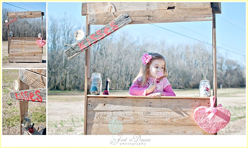 just a dream photography children session kissing booth children photographers photo