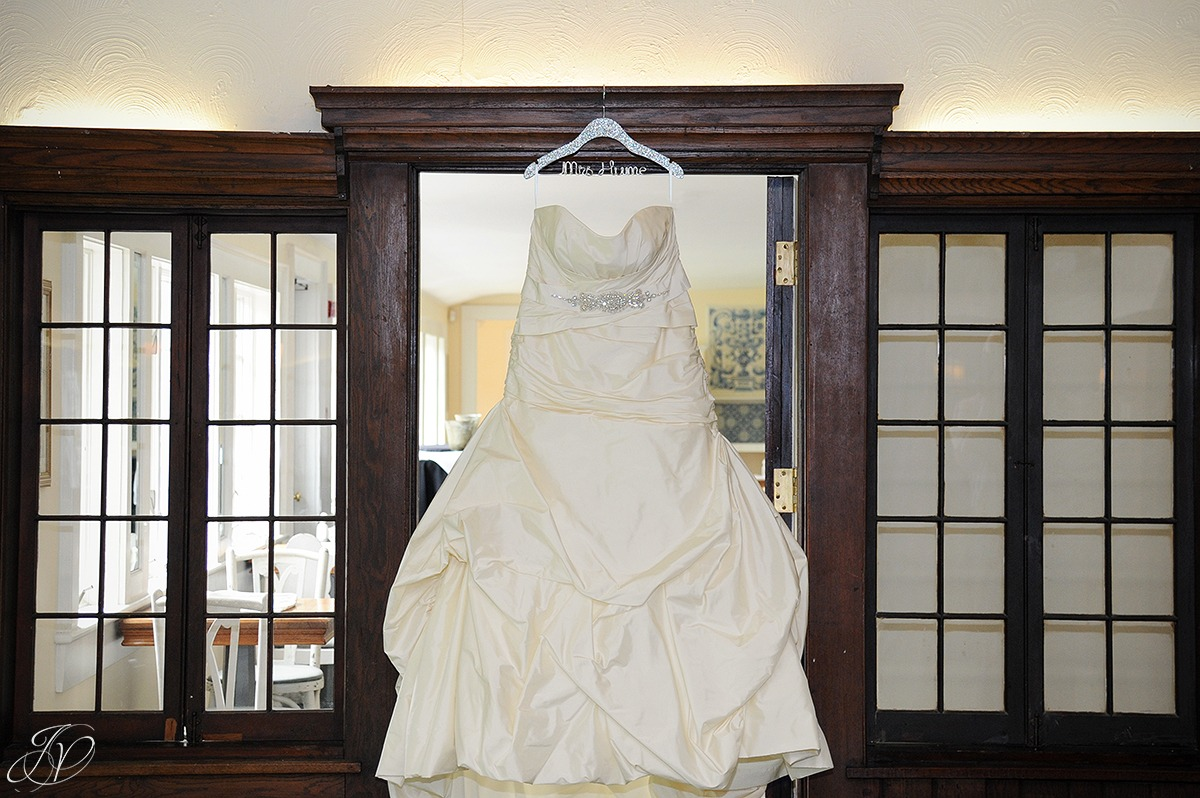 beautiful wedding dress, vintage wedding dress, custom wedding hanger