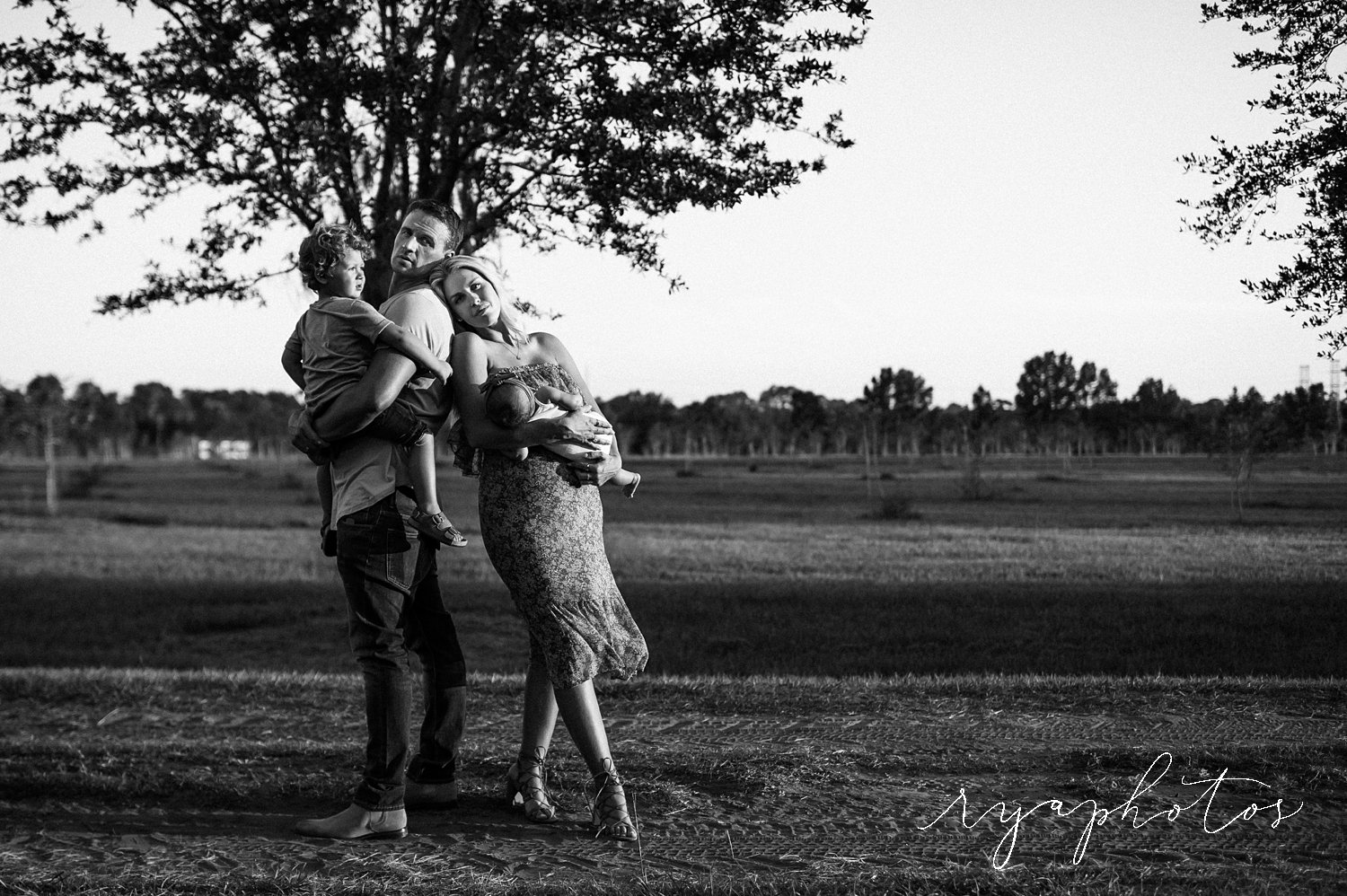 black and white family photo session, Ryan Lochte, Ryan Lochte family, Jacksonville, Florida, Ryaphotos